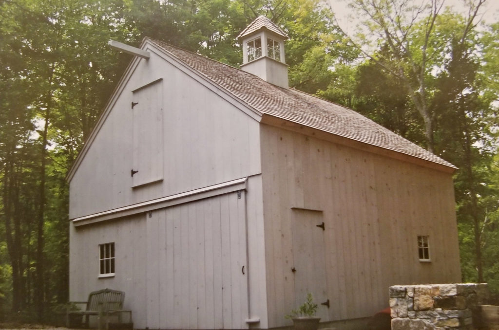 Heritage Post and Beam Horse Barn